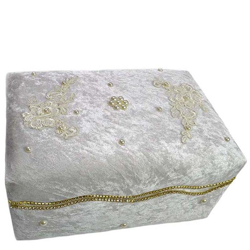 0c6c310d48a Κουτί πολυτελείας ζαχαρί με δαντέλα,πέρλες και στρας – EXTANBEBE